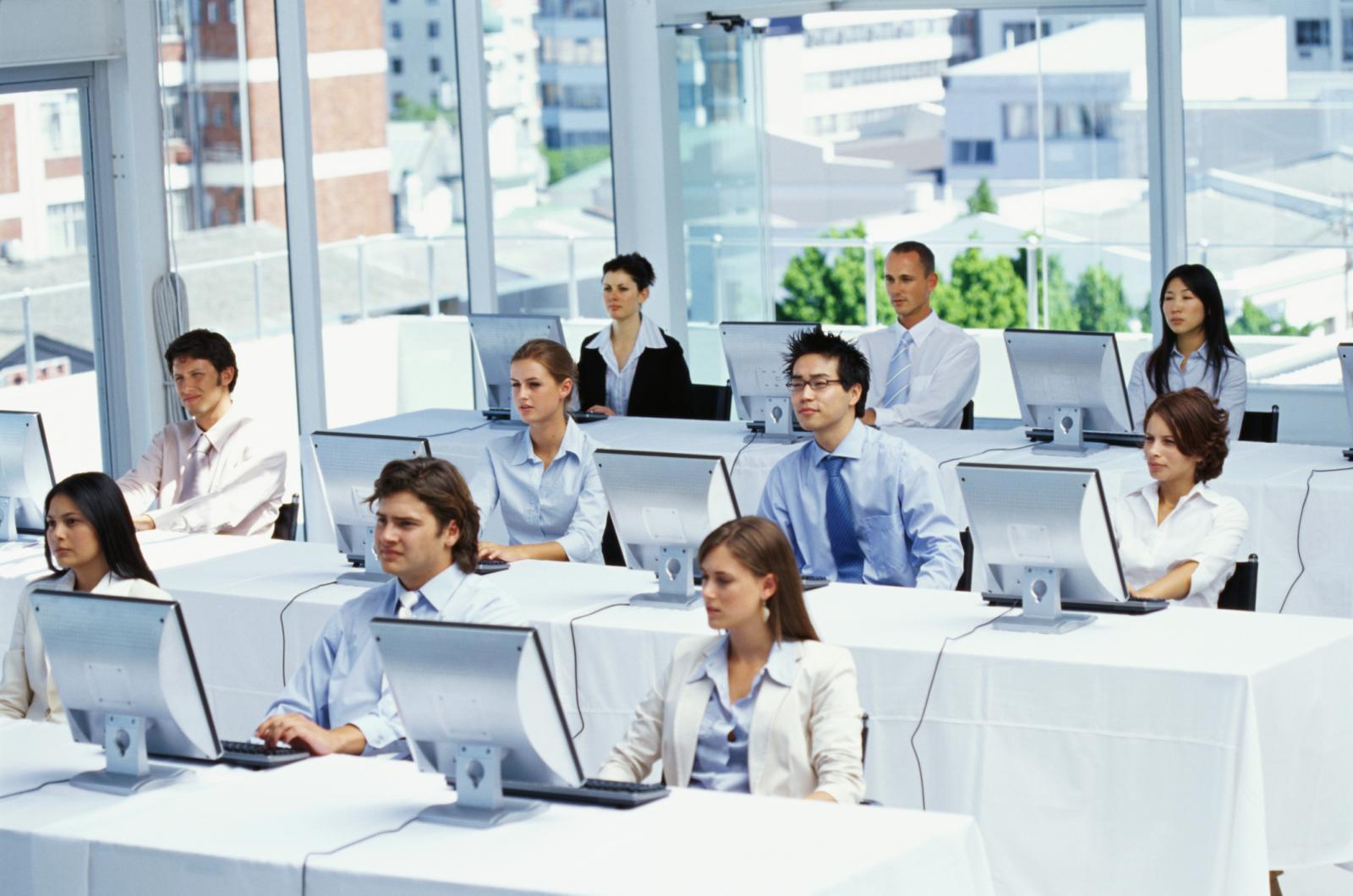 Загрузить Курсовая Профессиональная переподготовка и повышение  Курсовая профессиональная переподготовка и повышение квалификации в деталях